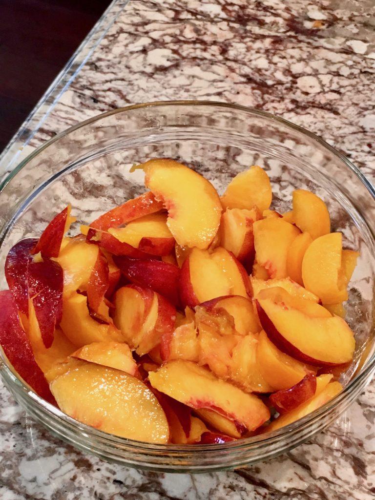 fresh peaches make an easy dessert recipe