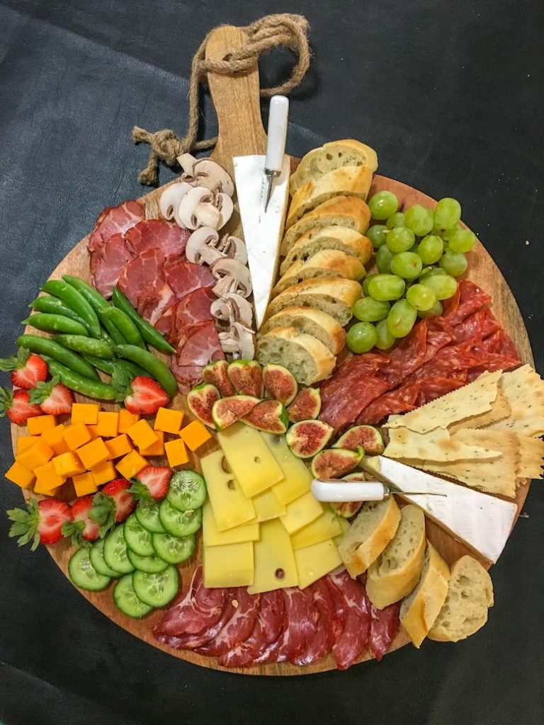 how to make a charcuterie board ingredients