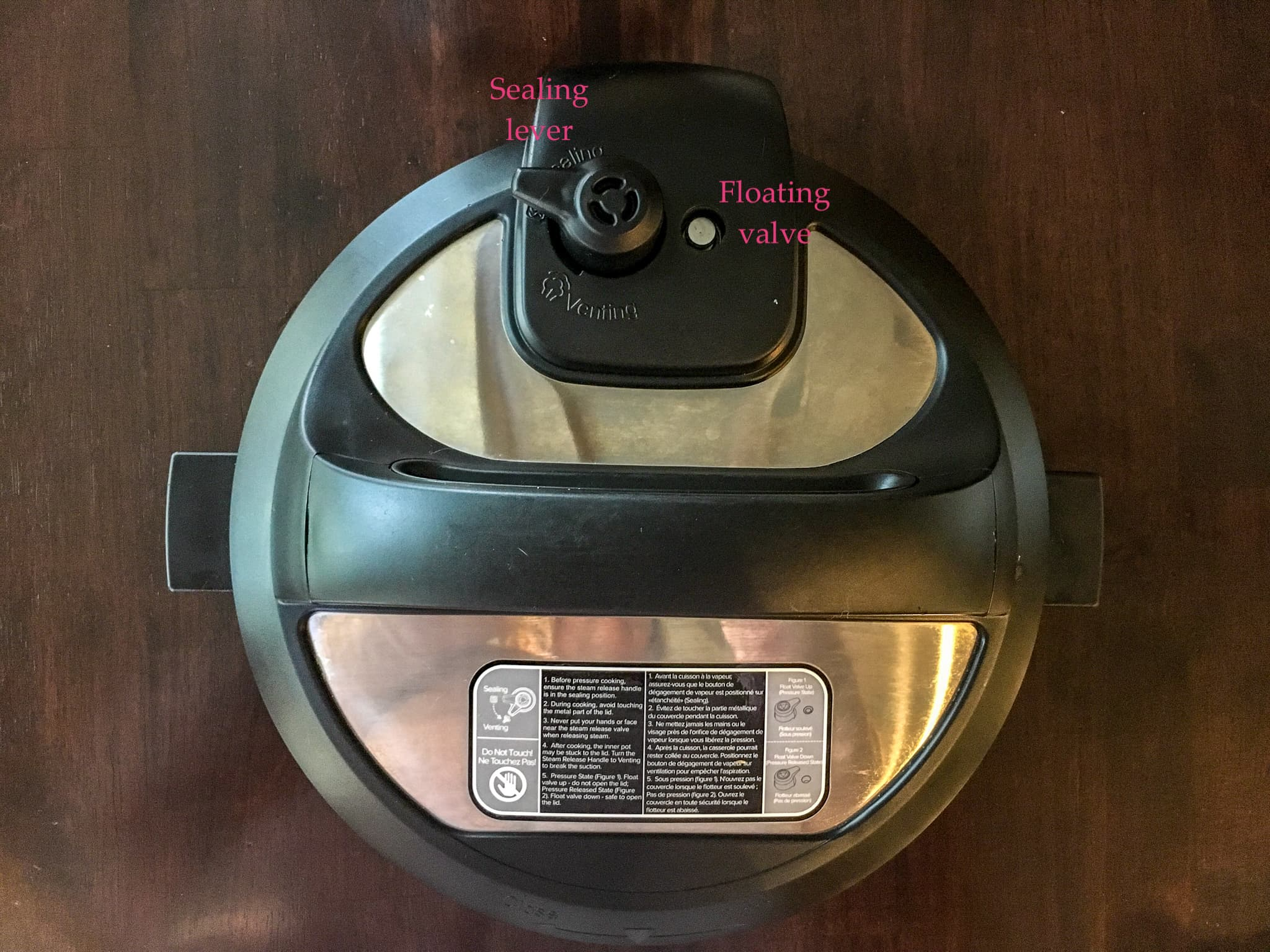 pressure cooking basics: the sealing lever and floating valve