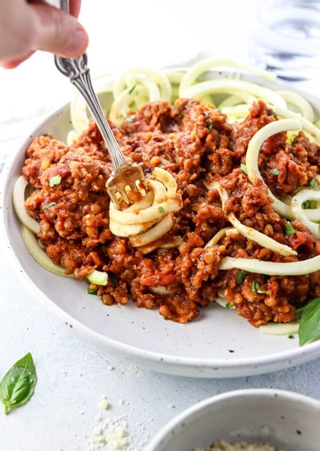 Vegetarian Bolognese in the Instant Pot with 5 ingredients