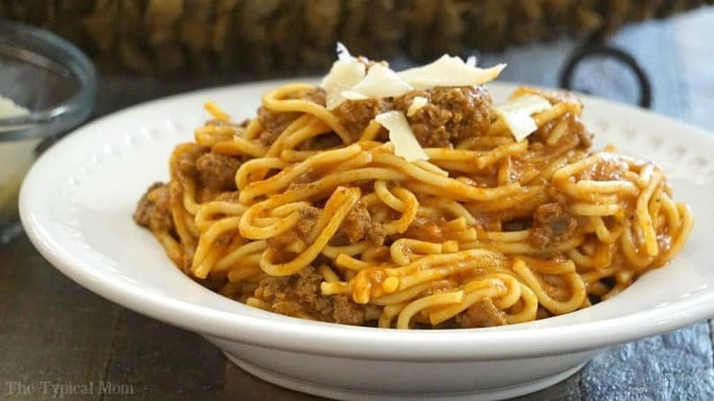 Instant Pot Spaghetti with less than 5 ingredients