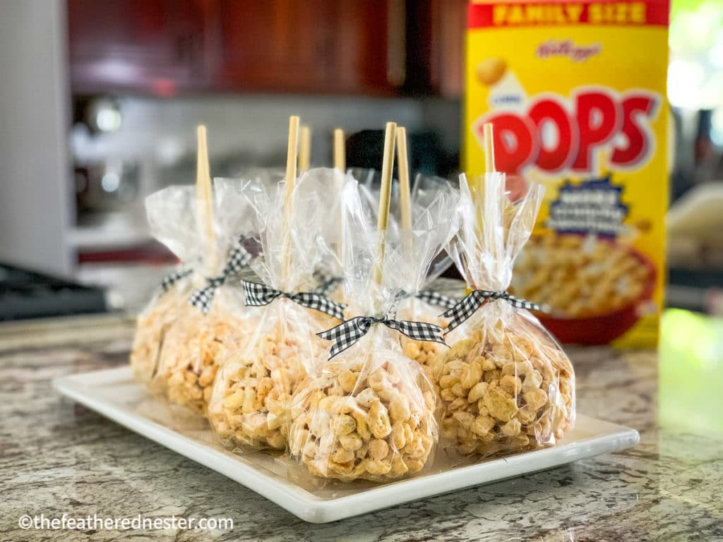 fall goodies for Halloween made with your favorite cereal