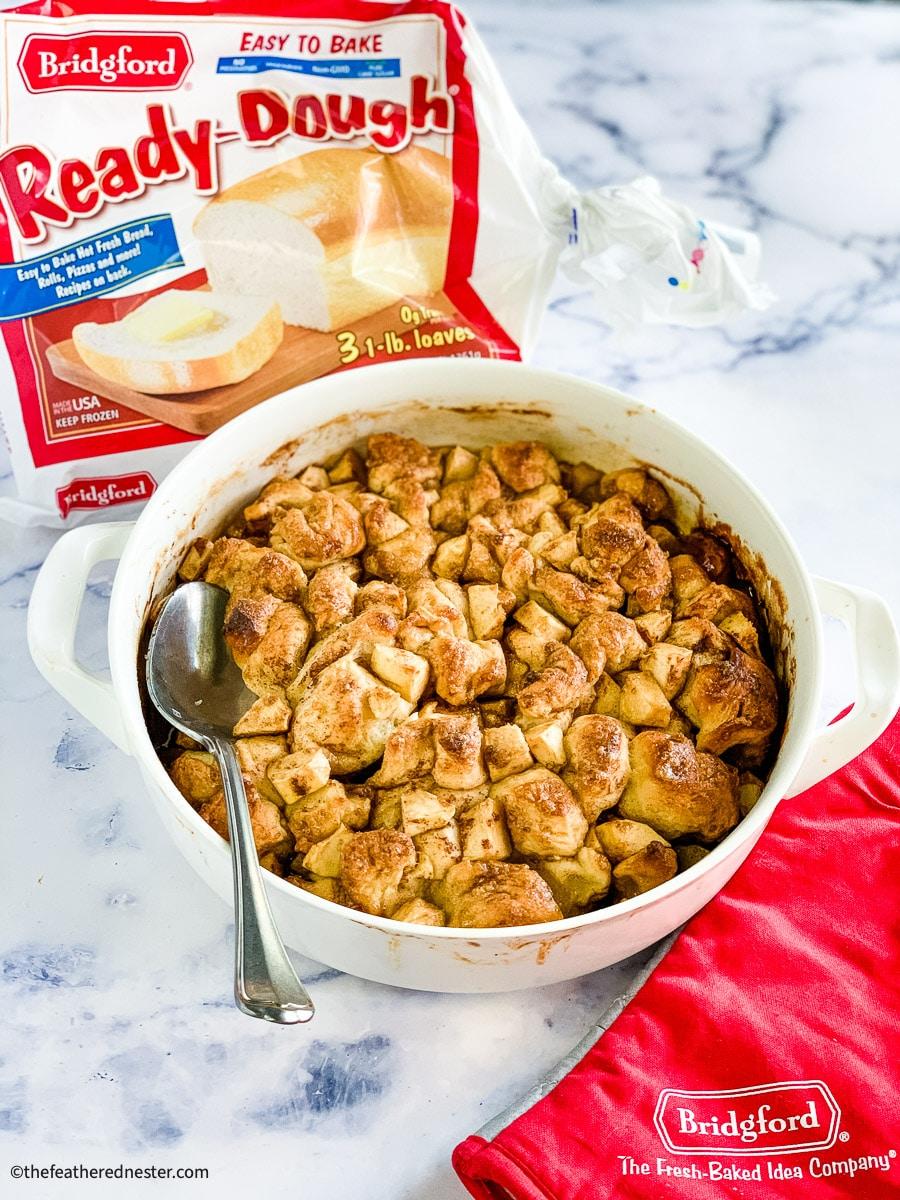 apple fritter breakfast bake