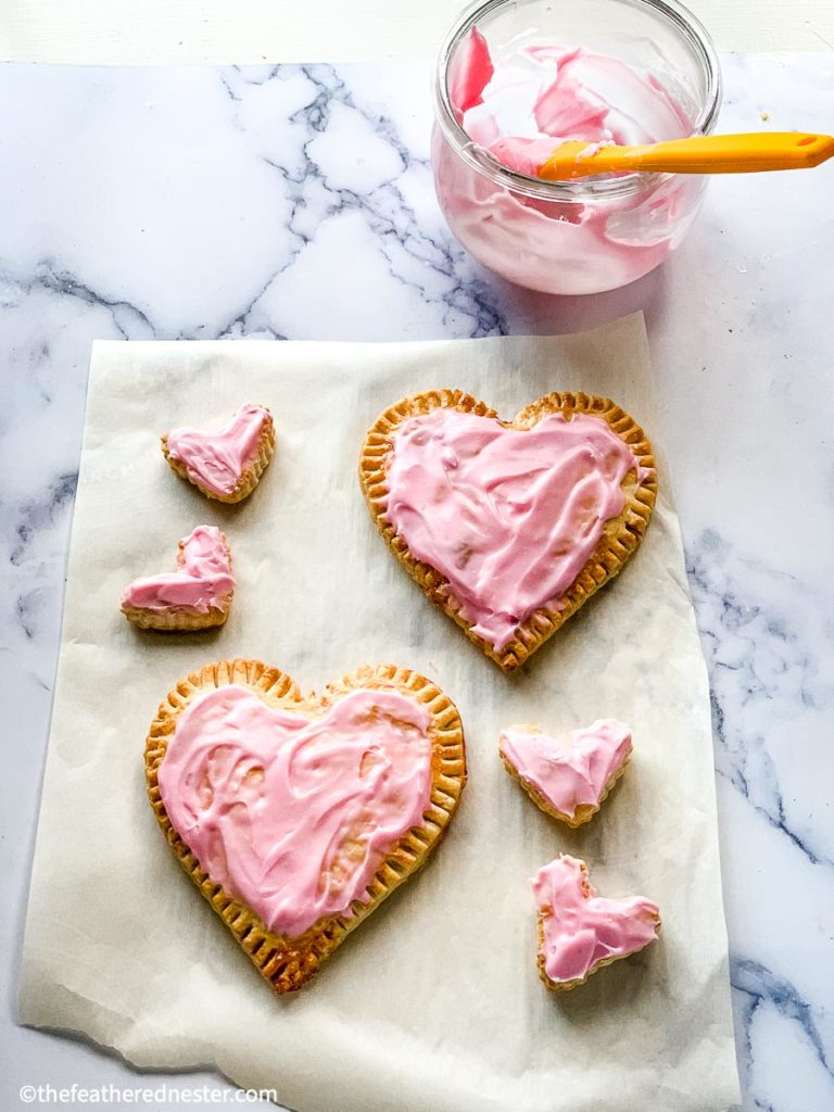 Best heart shaped desserts for Valentine's pastries
