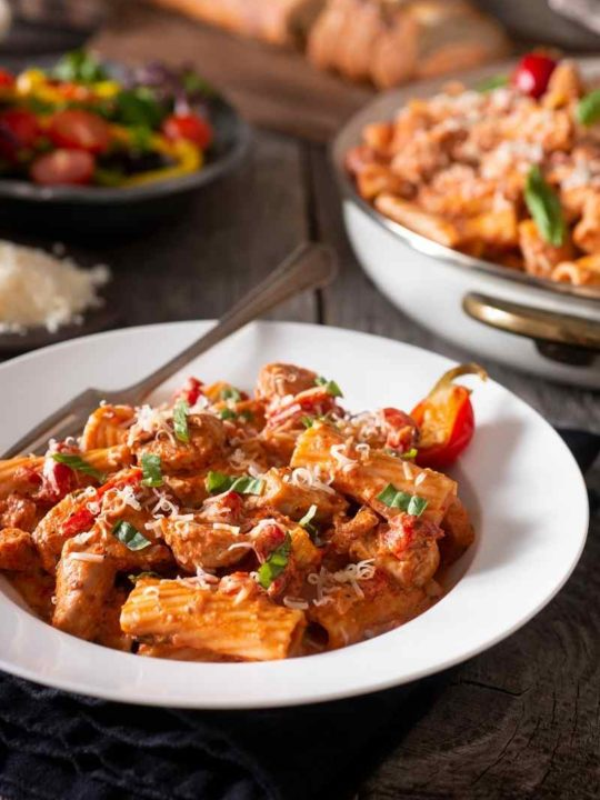 a bowl of rigatoni pasta